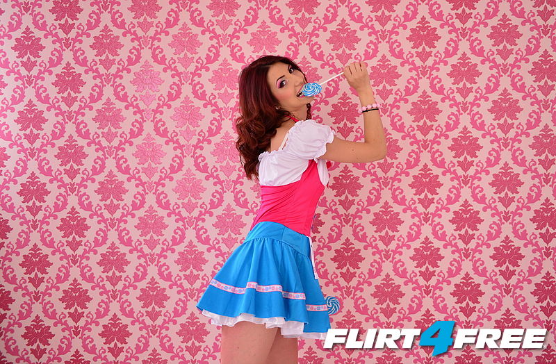 Do you wanna my lollipop ?