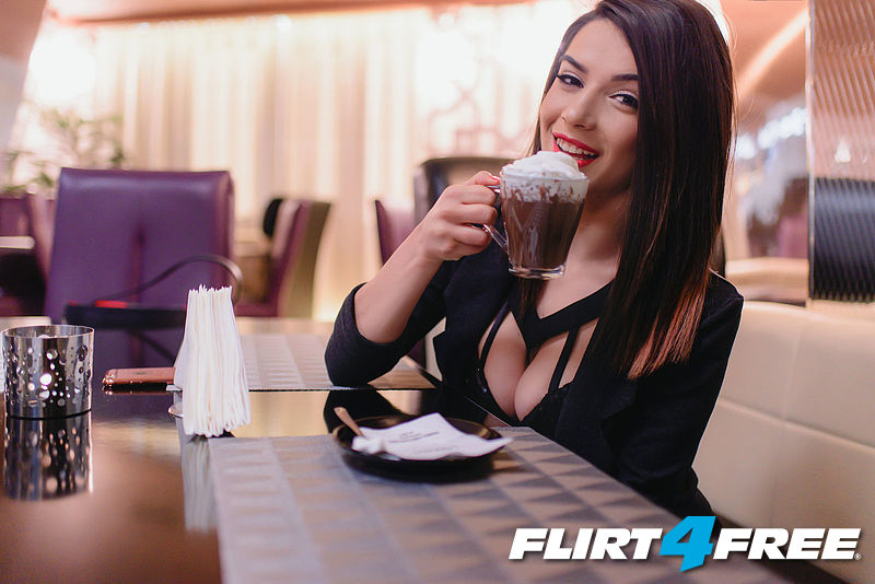 flirt fir free The flirt4free team is heading to prague for the 2018 european summit flirt4free is a proud diamond sponsor of this year's event and we will have several.