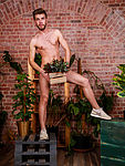 Sexy muscles gardener