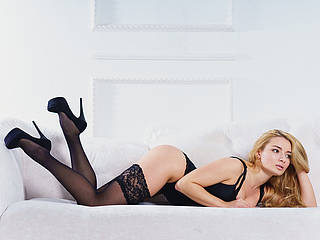 Photo of Melanie Hart
