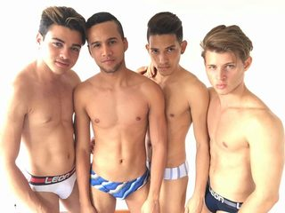 CALI_AND_KABIR_AND_TOBY_AND_FACUNDO