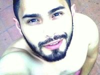 Maximo Beard