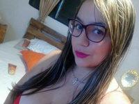 Zendaya L