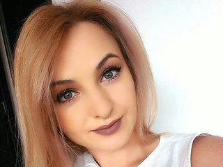 Erica Divine
