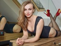 Claudia Sexy