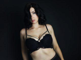 Chloe Hardy