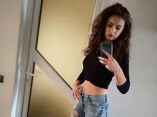 Tania Cruz