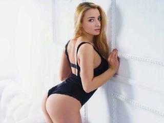 Melanie Hart