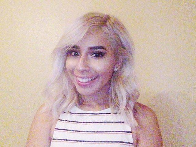 Lindsey Bella