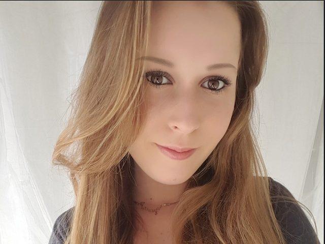 Anika Dean