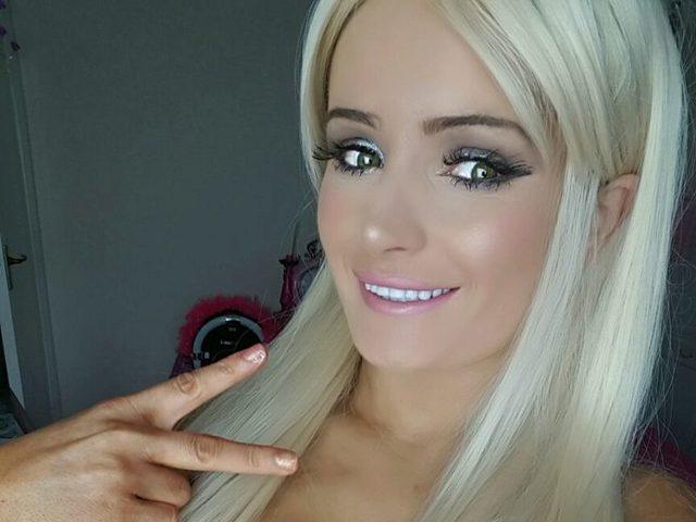 Flexi Barbie
