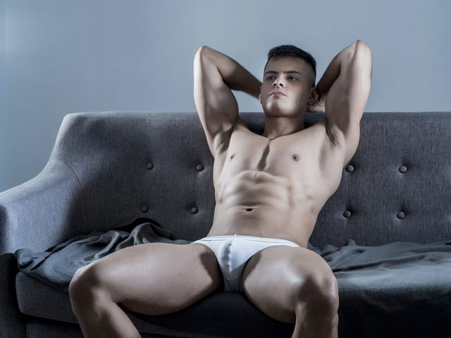 Max Ferrara