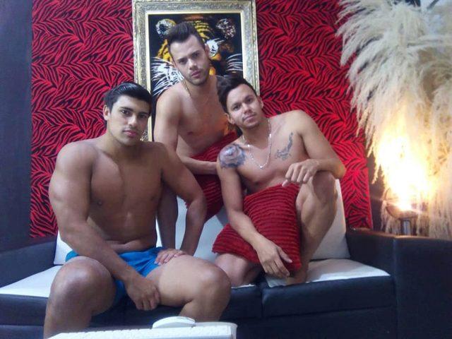 Erick & Angel & Chrys