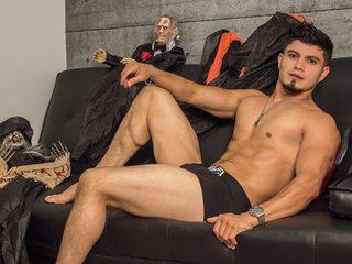 Tyler Gomez
