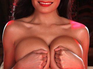 Ivette Luxx