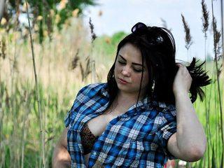 Lara Sky