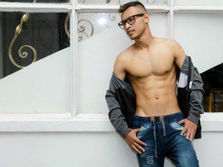 Miguel Larry