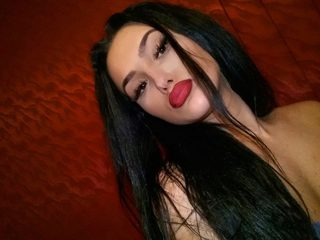 Angie Hvn