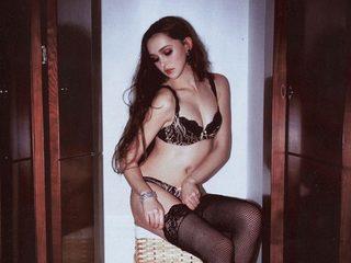 Vivianna S