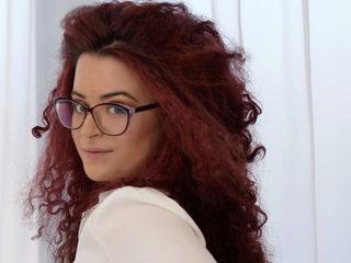 Chloe Nisse