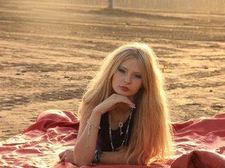 Bonny Blonde