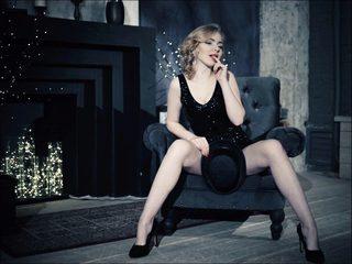 Emma Mistress