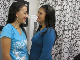 Juliana & Tatiana