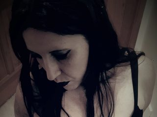 Violette Divine