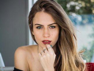 Simone Steel