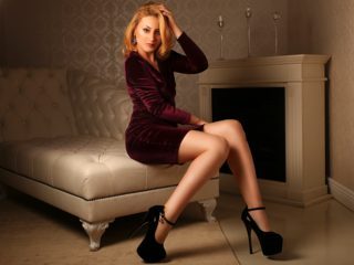 Cassie Lyn