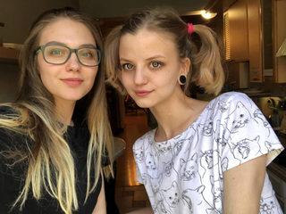 Gabriella Blake & Tereza Loo