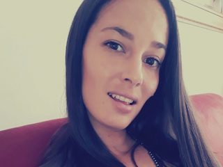 Chloe Xanthia