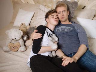 Alex Kox & Nik Moon