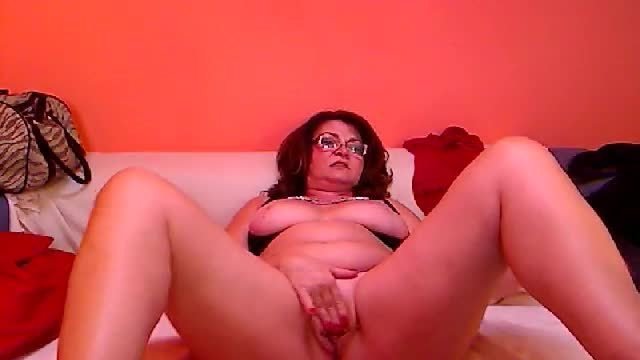 Mature Adora Private Webcam Show