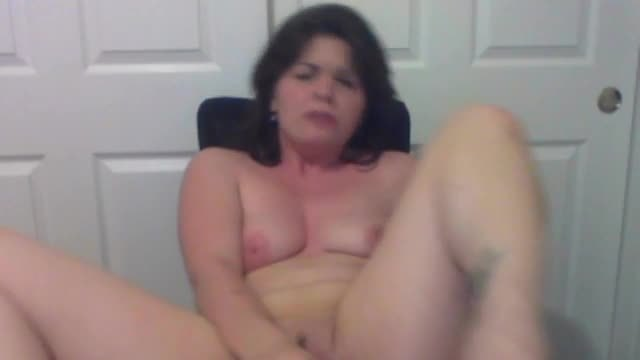 Group Chat: Cum with Me! Make Me Fuck My Wet Pussy, Loverboys!!