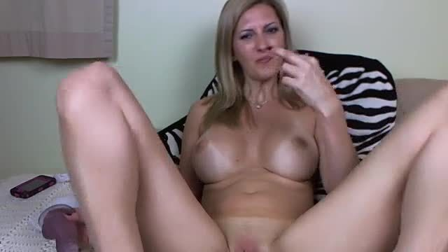 Big Didlo Insertion into Wet Pussy