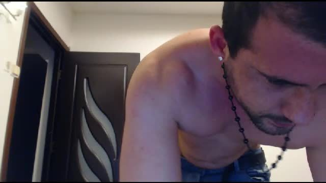 Party Chat: Steven Dances and Webcam Shows Off His Body
