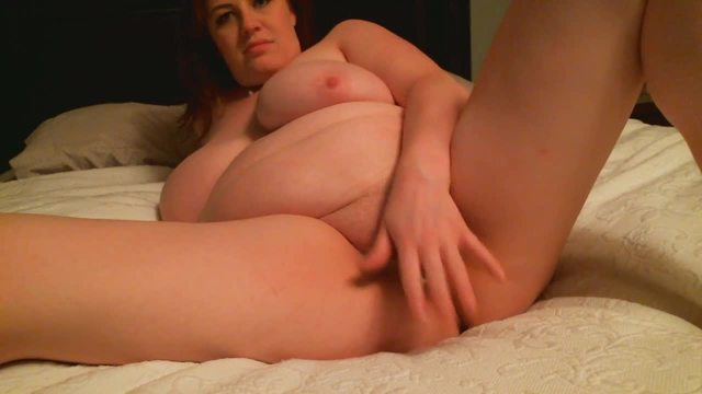 Bigger Girl Gets Hot and Wet for Us