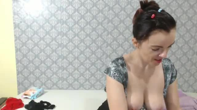 MILF Goes Thru the Motions