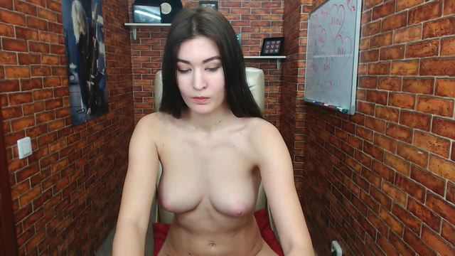 I Like Typing and Webcam Showing My Boobs