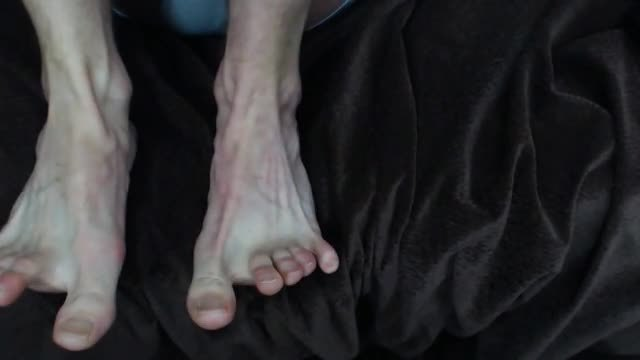 Foot Fetish Video with Amateur Guy