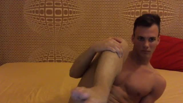 Party Chat: European Model Justin Jerks His Dick