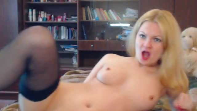 Selena Blonde Private Webcam Show