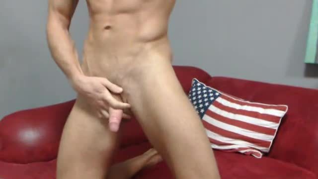 Party Chat: Pretty Boy Fucks His Sweet Ass