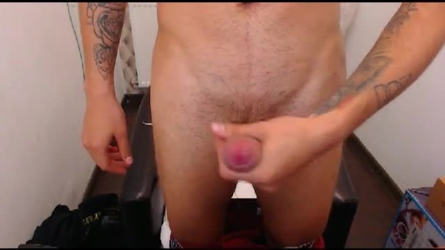 Naked Rony Gives Us a Close Up Cum Shot