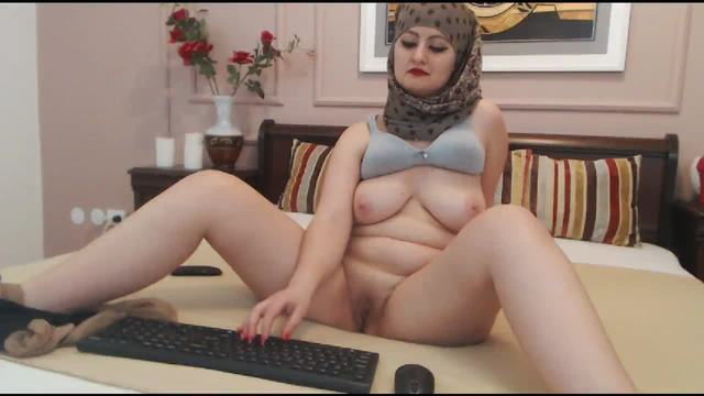 Chubby Arabian Stripinng
