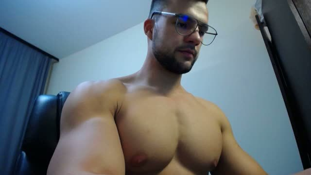 Hunky Aydan Barney Treats You to a Cum Webcam Show