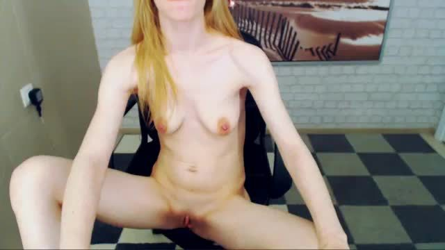 Skinny Blond Girl Webcam Show