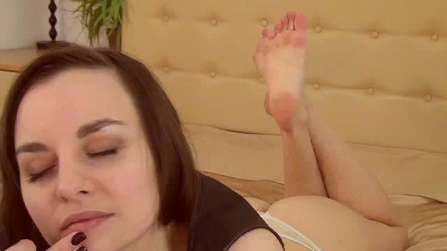 Emma Lovel Private Webcam Show