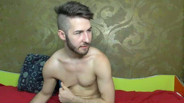 Party Chat: Casper James Party Great Webcam Show Huge Cum